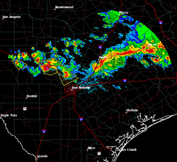 Radar Image for Severe Thunderstorms near Bastrop, TX at 5/27/2020 8:07 PM CDT