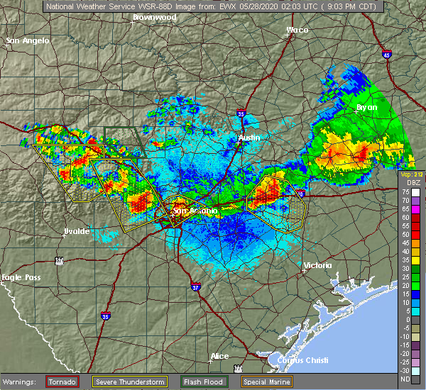 Radar Image for Severe Thunderstorms near St. Hedwig, TX at 5/27/2020 9:08 PM CDT