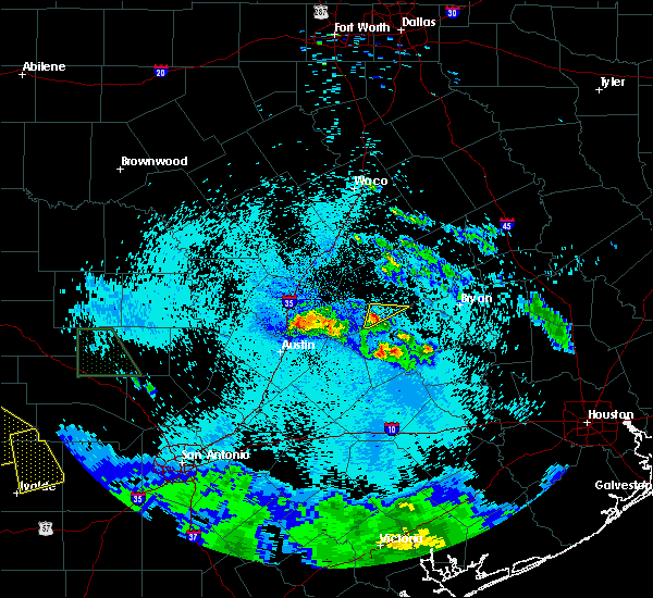 Radar Image for Severe Thunderstorms near Rockdale, TX at 5/28/2020 12:41 AM CDT