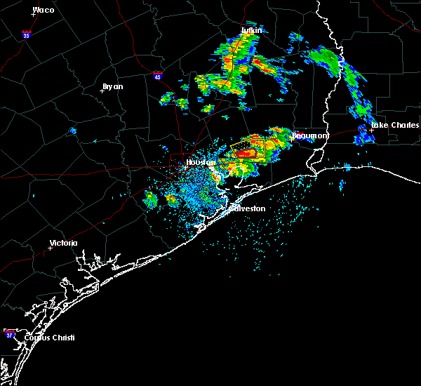 Radar Image for Severe Thunderstorms near Vidor, TX at 5/28/2020 12:27 PM CDT