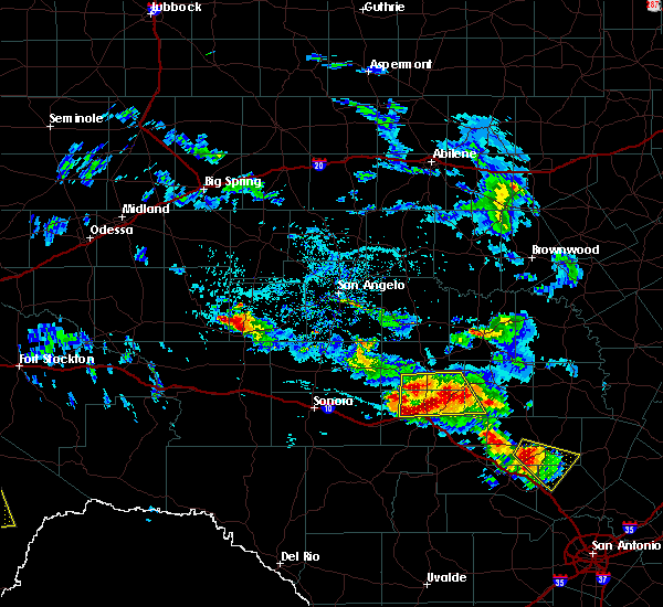 Radar Image for Severe Thunderstorms near Junction, TX at 5/28/2020 2:35 PM CDT