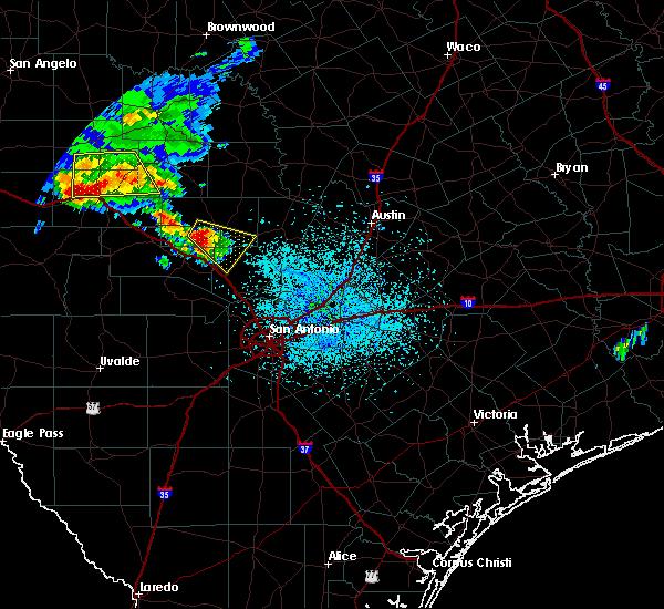 Radar Image for Severe Thunderstorms near Fredericksburg, TX at 5/28/2020 2:42 PM CDT