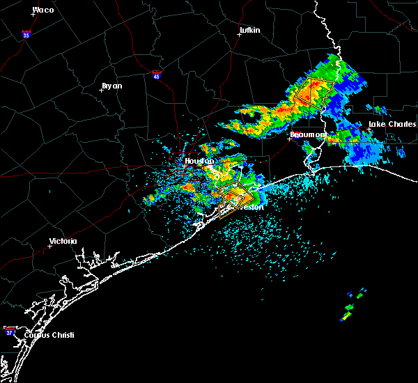 Radar Image for Severe Thunderstorms near Bolivar Peninsula, TX at 5/28/2020 2:54 PM CDT