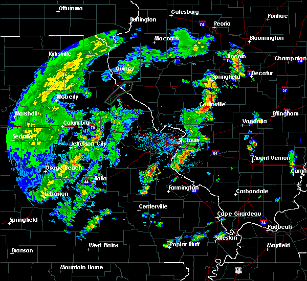 Radar Image for Severe Thunderstorms near De Soto, MO at 5/28/2020 5:49 PM CDT
