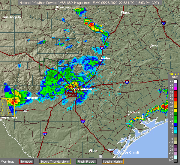 Radar Image for Severe Thunderstorms near Randolph AFB, TX at 5/28/2020 5:55 PM CDT