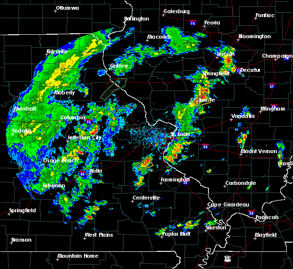 Radar Image for Severe Thunderstorms near De Soto, MO at 5/28/2020 5:59 PM CDT
