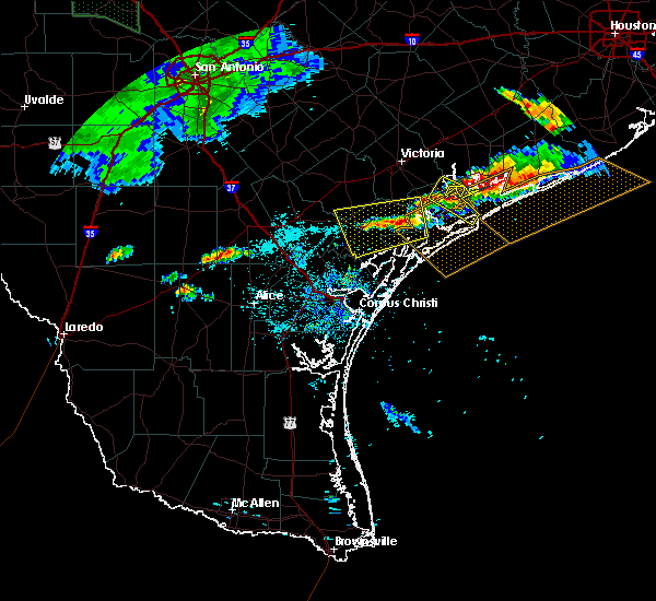 Radar Image for Severe Thunderstorms near Austwell, TX at 5/28/2020 7:09 PM CDT