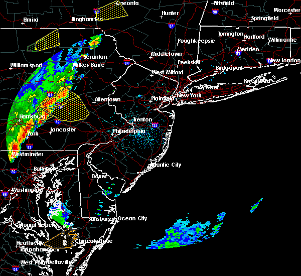 Radar Image for Severe Thunderstorms near Bechtelsville, PA at 5/29/2020 3:54 PM EDT