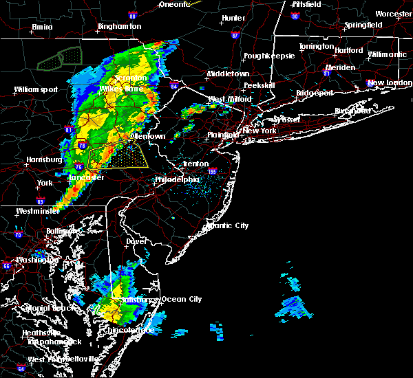 Radar Image for Severe Thunderstorms near Bally, PA at 5/29/2020 5:27 PM EDT