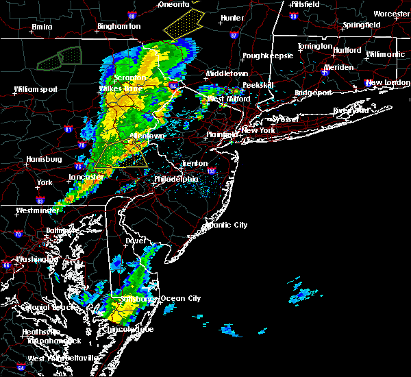 Radar Image for Severe Thunderstorms near Bally, PA at 5/29/2020 5:53 PM EDT