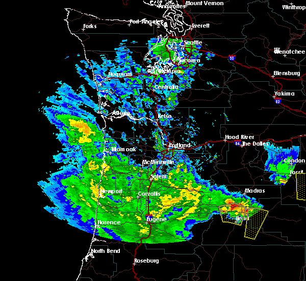 Radar Image for Severe Thunderstorms near Metolius, OR at 5/30/2020 2:27 PM PDT