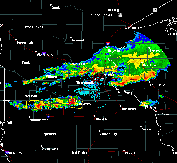 Radar Image for Severe Thunderstorms near Vernon Center, MN at 6/2/2020 5:02 PM CDT