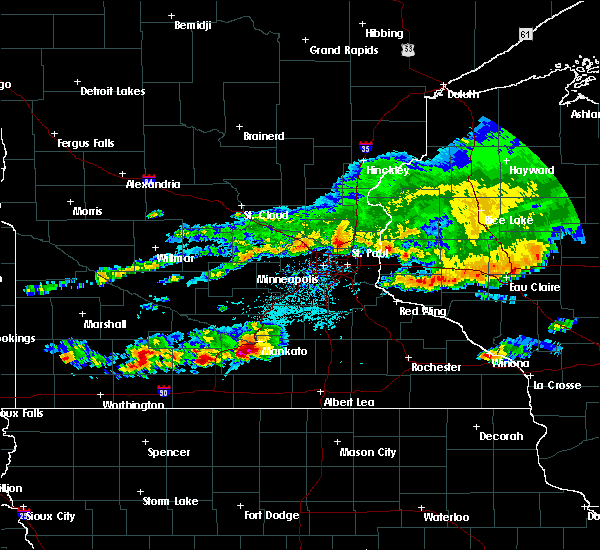 Radar Image for Severe Thunderstorms near Vernon Center, MN at 6/2/2020 5:17 PM CDT