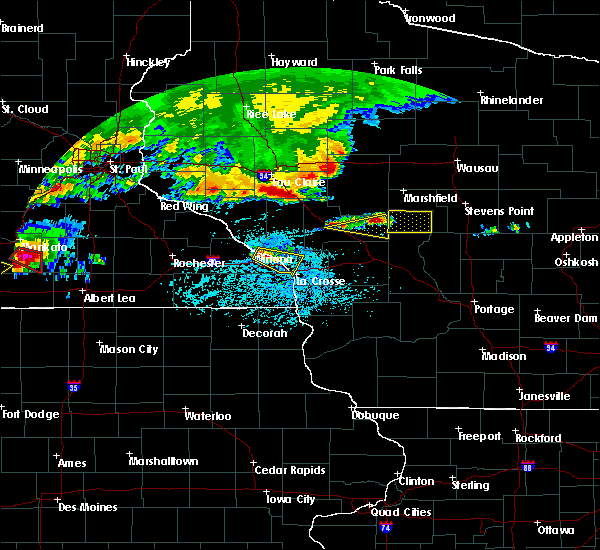 Radar Image for Severe Thunderstorms near Fairchild, WI at 6/2/2020 5:38 PM CDT