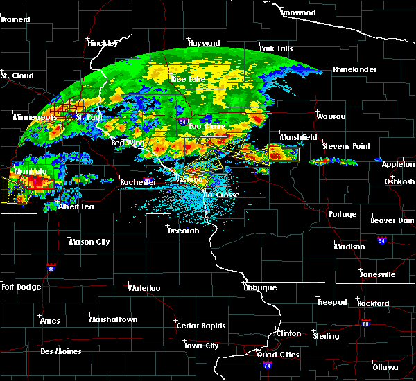 Radar Image for Severe Thunderstorms near Whitehall, WI at 6/2/2020 6:02 PM CDT