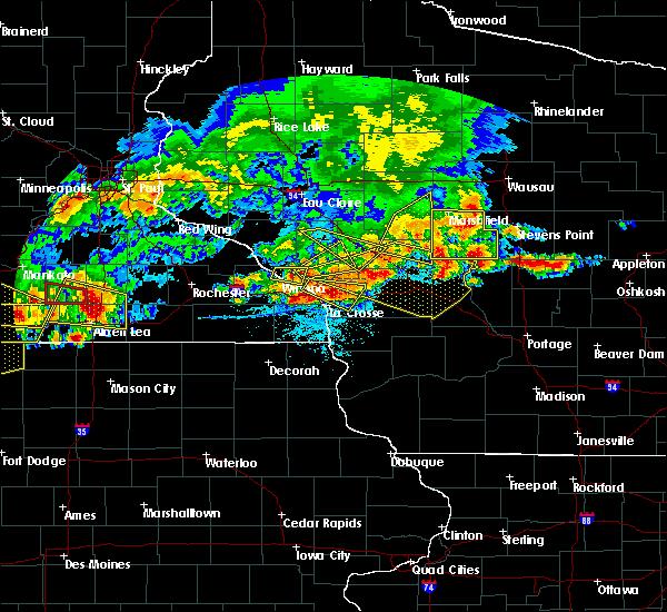 Radar Image for Severe Thunderstorms near Dakota, MN at 6/2/2020 6:32 PM CDT
