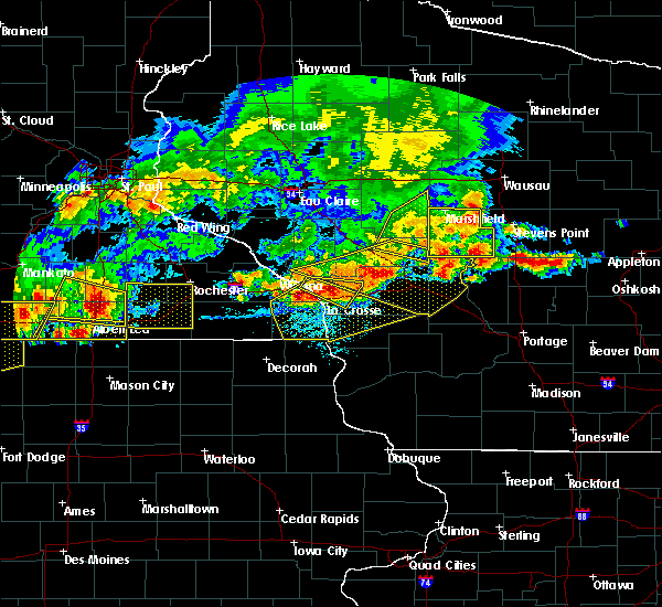Radar Image for Severe Thunderstorms near Hayfield, MN at 6/2/2020 6:34 PM CDT