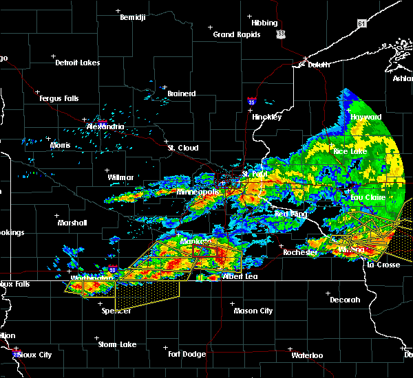 Radar Image for Severe Thunderstorms near Lake Mills, IA at 6/2/2020 6:36 PM CDT