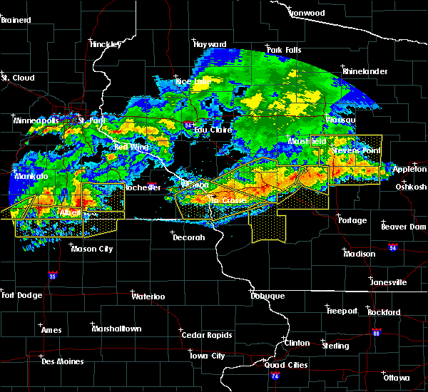 Radar Image for Severe Thunderstorms near Hayfield, MN at 6/2/2020 7:06 PM CDT