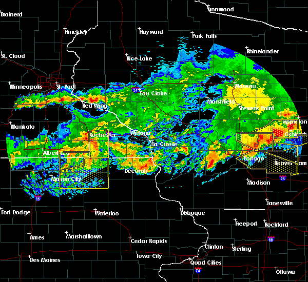 Radar Image for Severe Thunderstorms near Taopi, MN at 6/2/2020 8:07 PM CDT