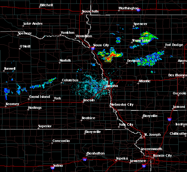 Radar Image for Severe Thunderstorms near Rodney, IA at 6/2/2020 9:35 PM CDT