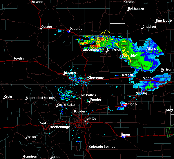 Radar Image for Severe Thunderstorms near Lingle, WY at 6/2/2020 8:40 PM MDT