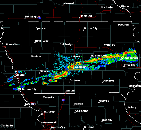 Radar Image for Severe Thunderstorms near Winterset, IA at 6/3/2020 5:10 AM CDT