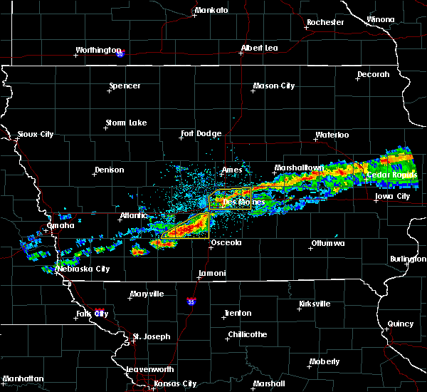 Radar Image for Severe Thunderstorms near Altoona, IA at 6/3/2020 5:17 AM CDT