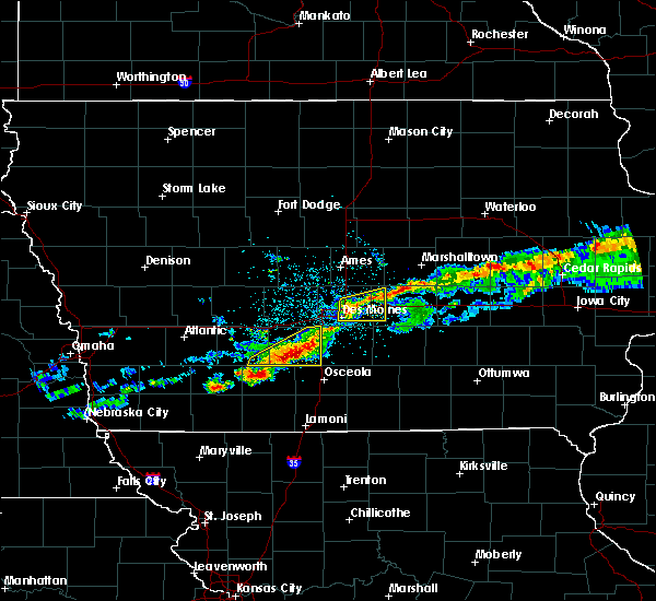 Radar Image for Severe Thunderstorms near Winterset, IA at 6/3/2020 5:22 AM CDT