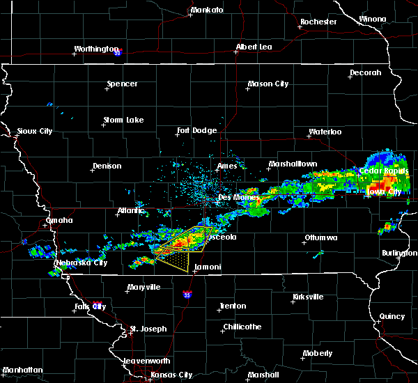 Radar Image for Severe Thunderstorms near Mount Ayr, IA at 6/3/2020 6:05 AM CDT