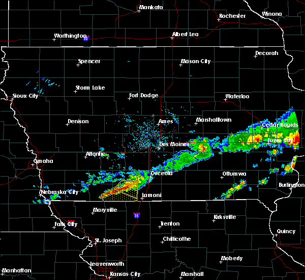 Radar Image for Severe Thunderstorms near Mount Ayr, IA at 6/3/2020 6:35 AM CDT