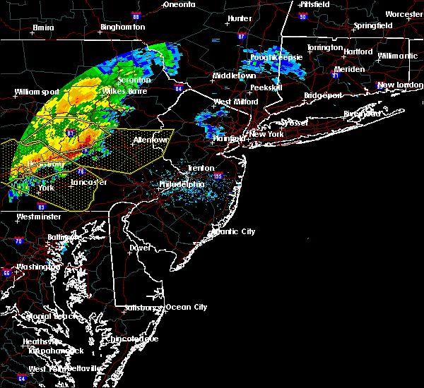 Radar Image for Severe Thunderstorms near Leesport, PA at 6/3/2020 11:26 AM EDT
