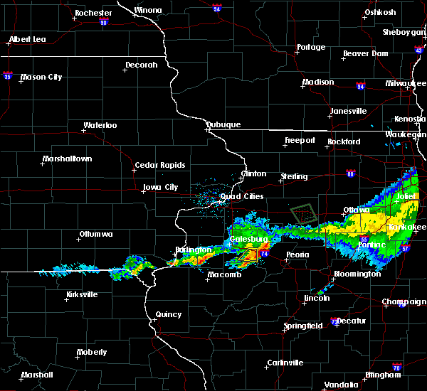 Radar Image for Severe Thunderstorms near Yates City, IL at 6/3/2020 10:40 AM CDT