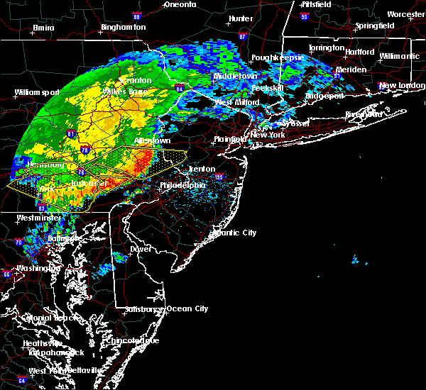 Radar Image for Severe Thunderstorms near Bally, PA at 6/3/2020 12:05 PM EDT