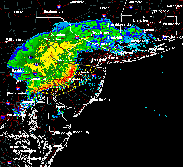 Radar Image for Severe Thunderstorms near Yardley, PA at 6/3/2020 12:24 PM EDT