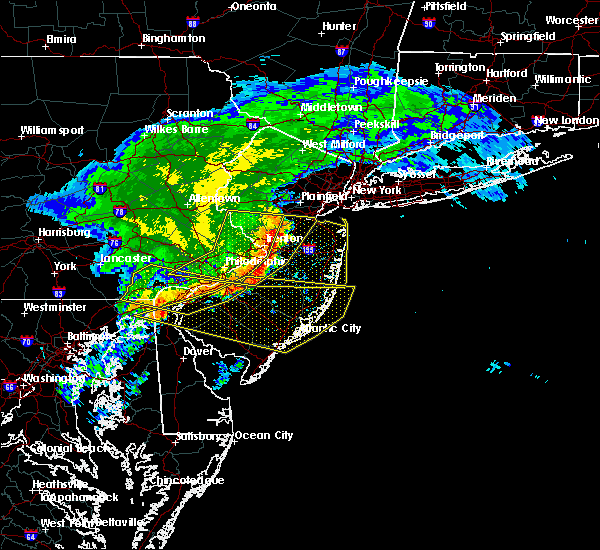 Radar Image for Severe Thunderstorms near Yardley, PA at 6/3/2020 12:44 PM EDT