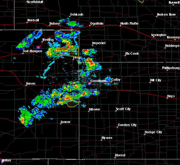 Radar Image for Severe Thunderstorms near Cheyenne Wells, CO at 6/3/2020 4:28 PM MDT