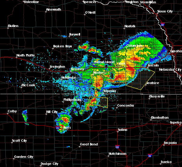 Radar Image for Severe Thunderstorms near Mankato, KS at 6/3/2020 10:32 PM CDT