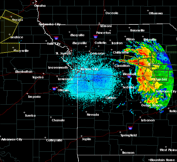 Radar Image for Severe Thunderstorms near Hale, MO at 6/3/2020 11:14 PM CDT