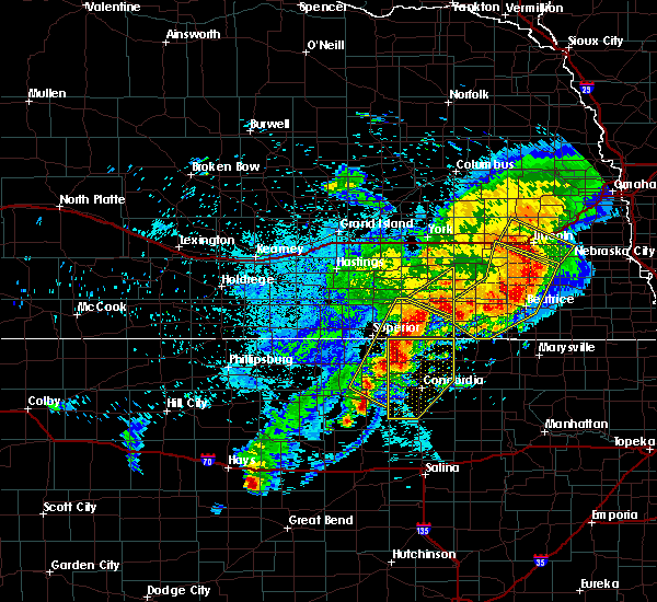 Radar Image for Severe Thunderstorms near Clyde, KS at 6/3/2020 11:14 PM CDT