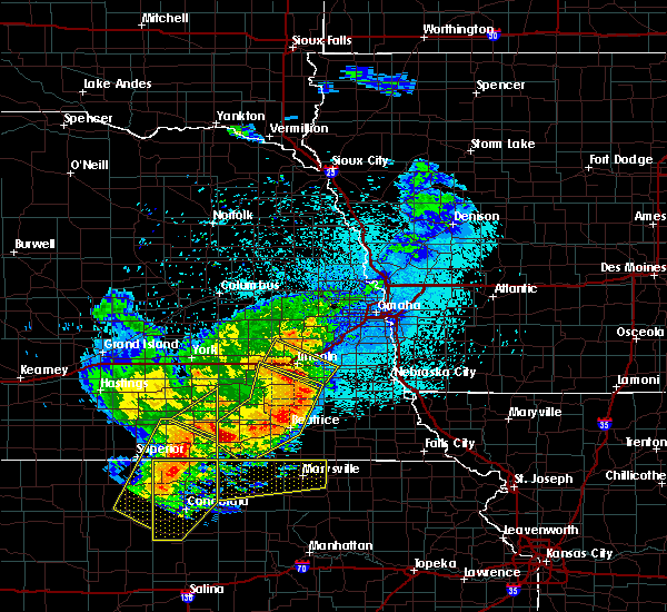 Radar Image for Severe Thunderstorms near Wymore, NE at 6/3/2020 11:15 PM CDT