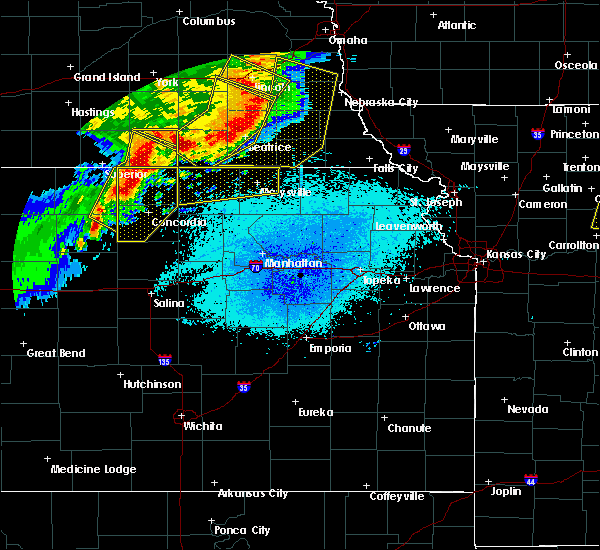 Radar Image for Severe Thunderstorms near Oketo, KS at 6/3/2020 11:18 PM CDT