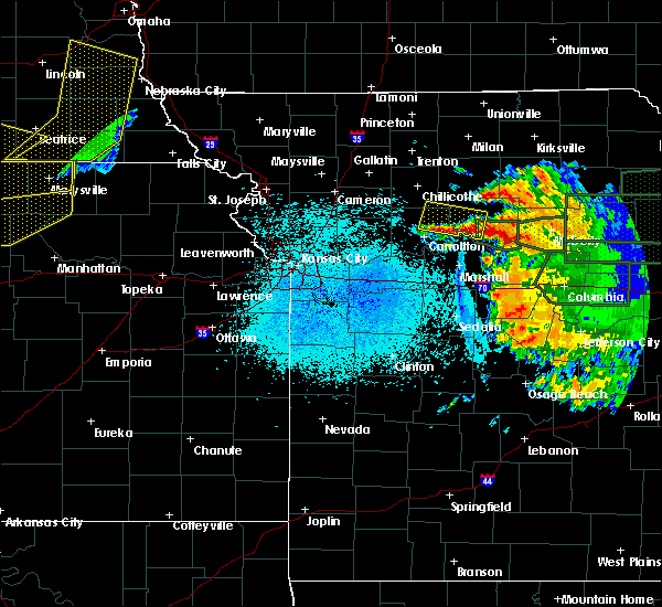 Radar Image for Severe Thunderstorms near Hale, MO at 6/3/2020 11:43 PM CDT