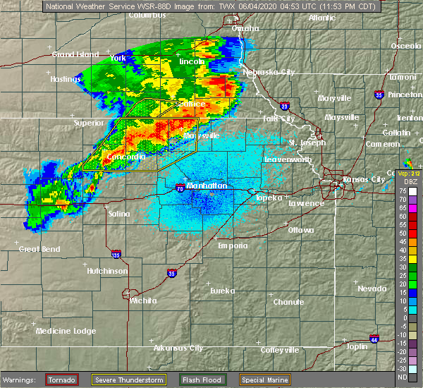 Radar Image for Severe Thunderstorms near Olsburg, KS at 6/4/2020 12:01 AM CDT