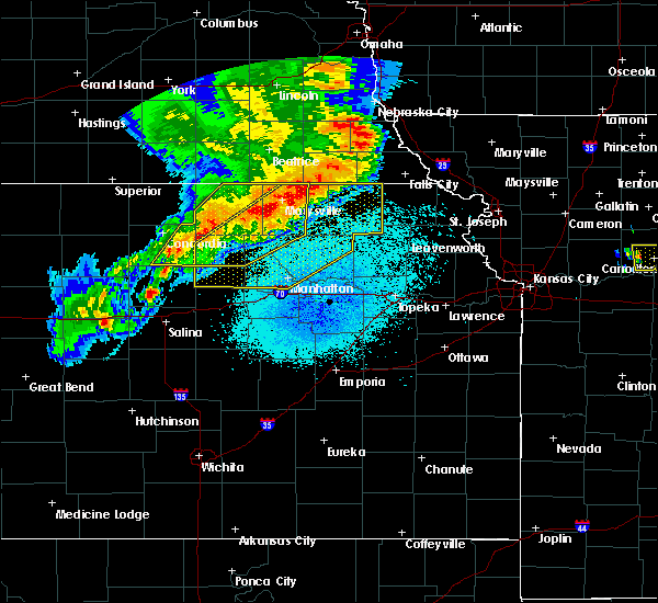 Radar Image for Severe Thunderstorms near Manchester, KS at 6/4/2020 12:18 AM CDT