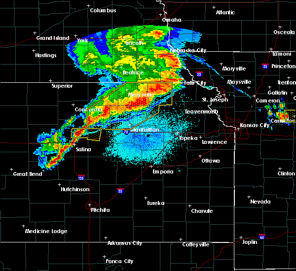 Radar Image for Severe Thunderstorms near Wakefield, KS at 6/4/2020 12:28 AM CDT