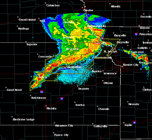 Radar Image for Severe Thunderstorms near Hoyt, KS at 6/4/2020 12:59 AM CDT