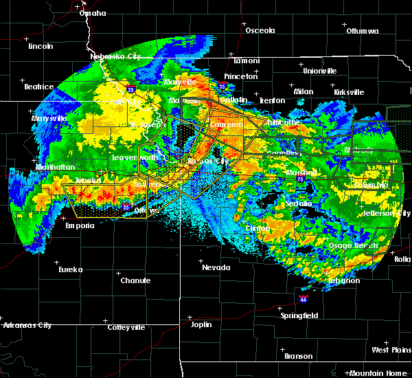 Radar Image for Severe Thunderstorms near Paola, KS at 6/4/2020 2:24 AM CDT