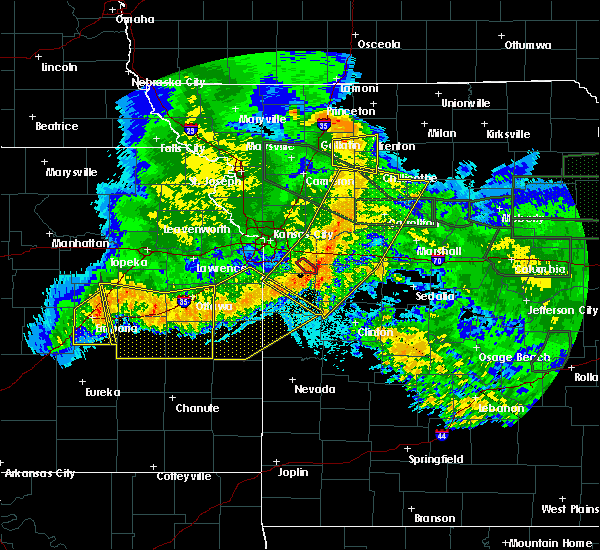 Radar Image for Severe Thunderstorms near Trenton, MO at 6/4/2020 2:46 AM CDT