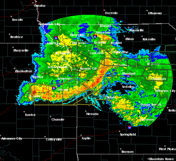 Radar Image for Severe Thunderstorms near Archie, MO at 6/4/2020 3:02 AM CDT